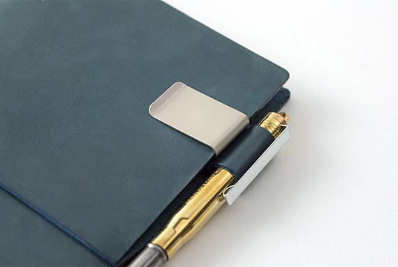 TRAVELER'S notebook Blue_8